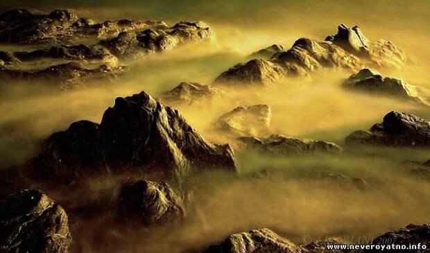 По Марсу летает таинственное облако