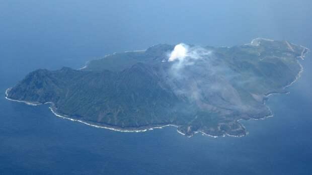 В Японии произошло извержение вулкана