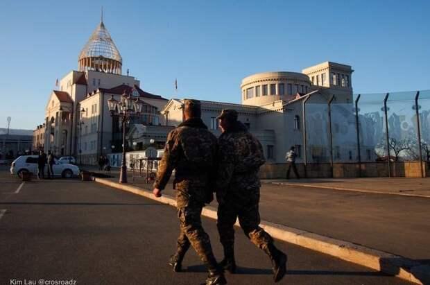 В Армении сообщили, что ВС Азербайджана остаются в Сюникской области