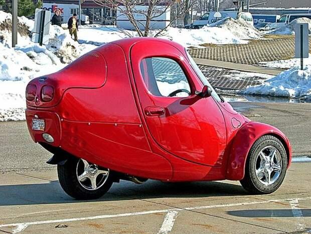 Myers Motors NmG развивает скорость до 115 км/час. /Фото: elfnet.hu