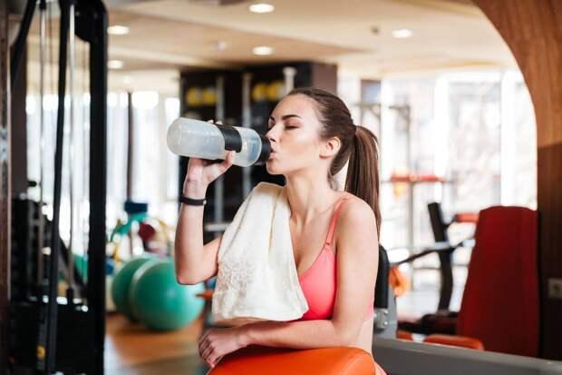 Вода на тренировке: пить или не пить