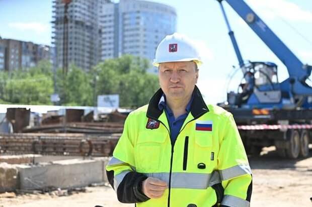 Андрей Бочкарёв: Реконструкция Донецкой улицы в ходе строительства Южной рокады завершена более чем наполовину