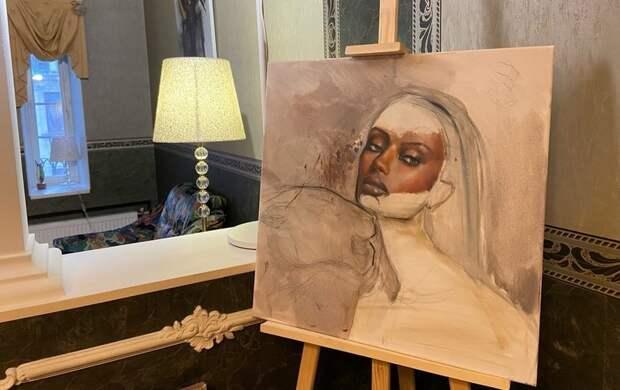 Выставка в художественном салоне на Петроградке: как впечатляют петербуржцев