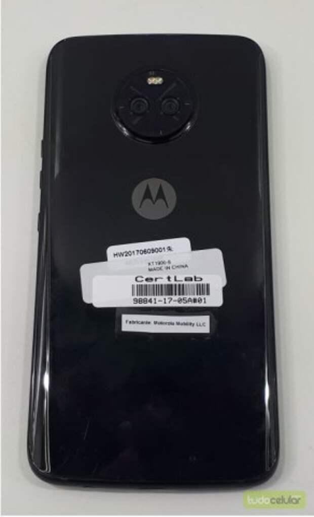 Большая утечка фотографий смартфона Moto X4 с двойной камерой