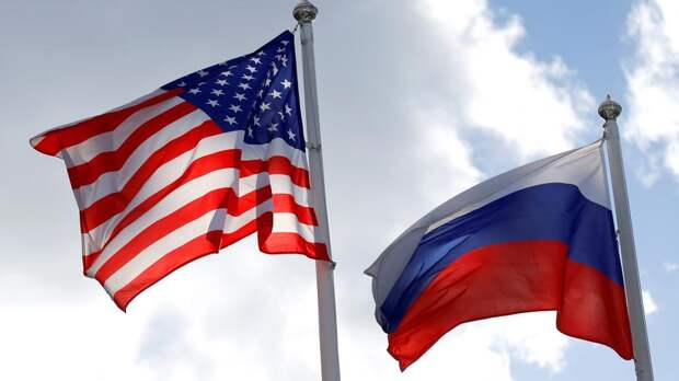 Песков счел преждевременными разговоры о возвращении посла РФ в США
