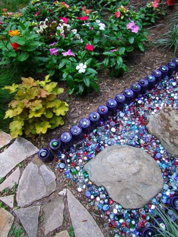 Красота мозаичных дорожек: разноплановые идеи на любой бюджет