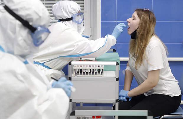 Российские власти ожидают появления коллективного иммунитета к COVID-19 уже осенью