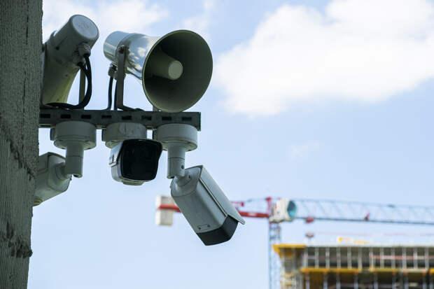 Госдума запретила звуковую рекламу на зданиях и сооружениях