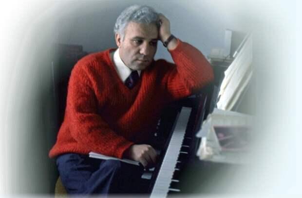 Алексей Гургенович Экимян