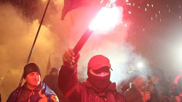 Киевские радикалы планируют испортить праздник Победы горожанам