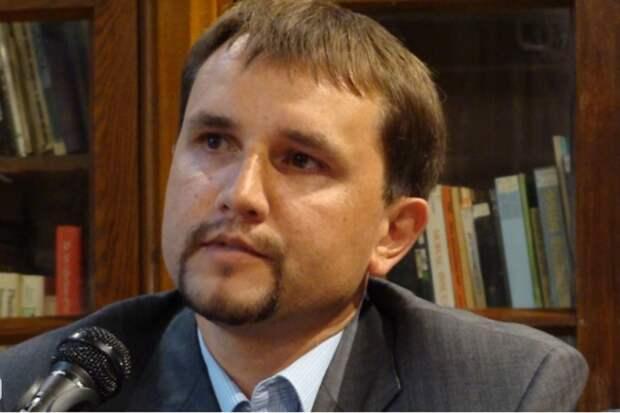 Киевские свидомиты против возведения мемориала в Бабьем Яру