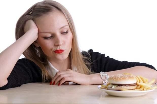Диетолог научила обладателей «золотого» возраста делать правильный и вкусный бутерброд