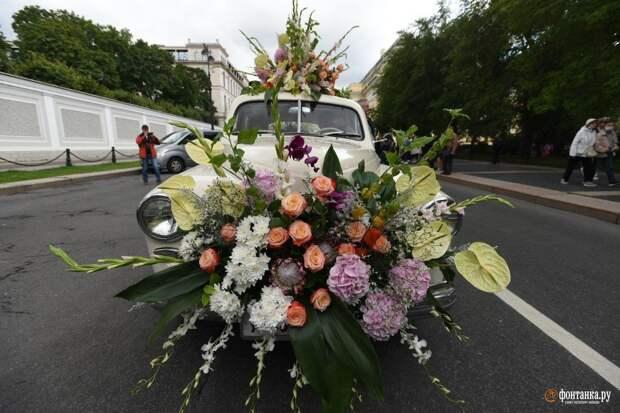 Фестиваль цветов покажет танцы народов мира и частично доберётся до улицы