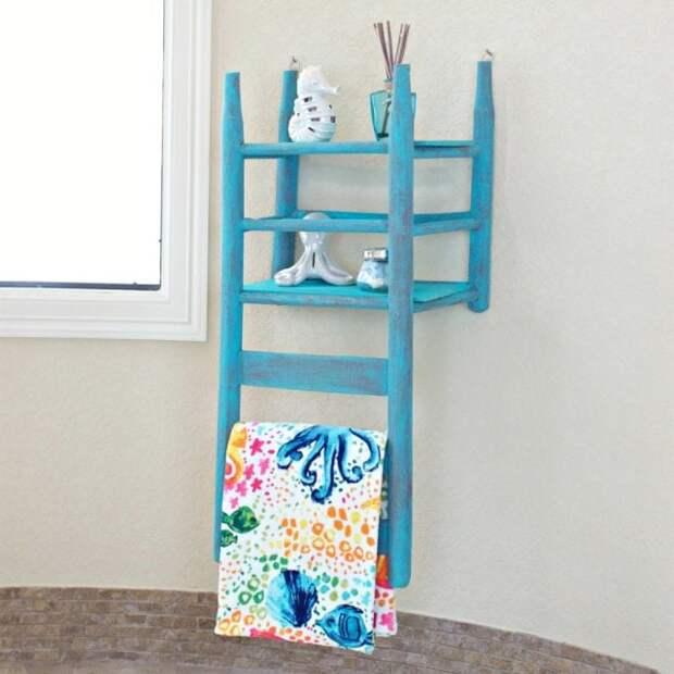 Декор в стиле прованс: чудесные полки из стульев