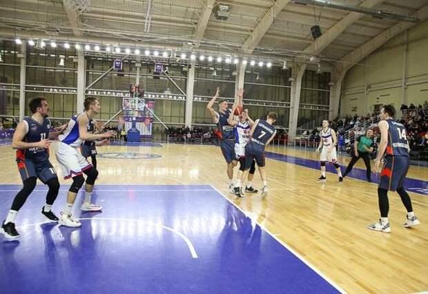 Баскетбольный «Металлург» проиграл «Тамбову» второй матч серии за третье место