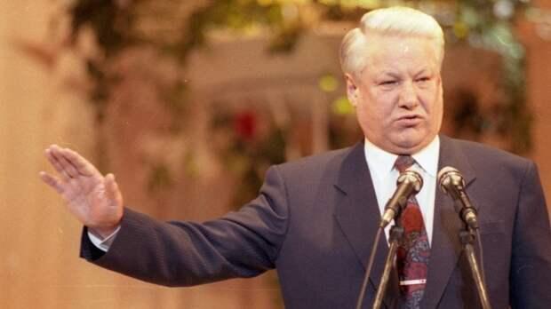 «Надо забрать у Москвы водку и Кремль»: как Ельцин пришел к власти 30 лет назад