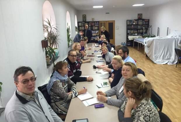 В храме Северного Тушина стартовали православные курсы