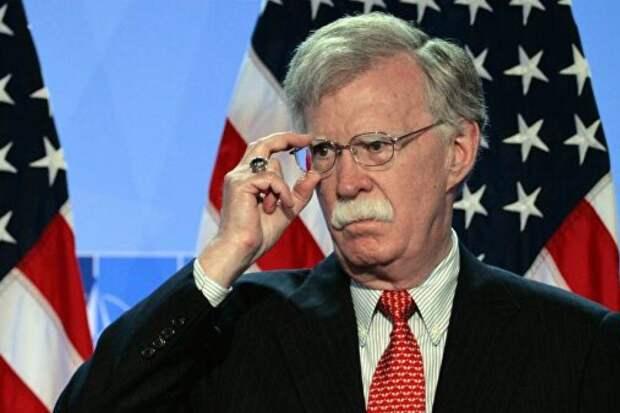 В США возбудили уголовное дело против экс-президента по нацбезопасности Болтона.