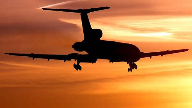 Самолет Ту-154. Архивное фото