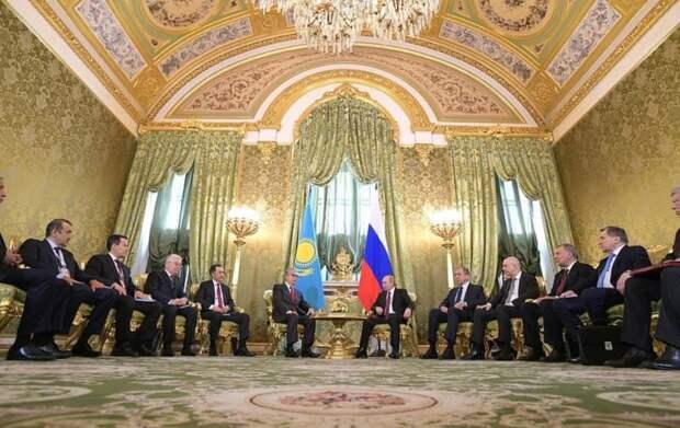 «Грош цена»: в Казахстане недовольны словами Путина о «подарках от русского народа»
