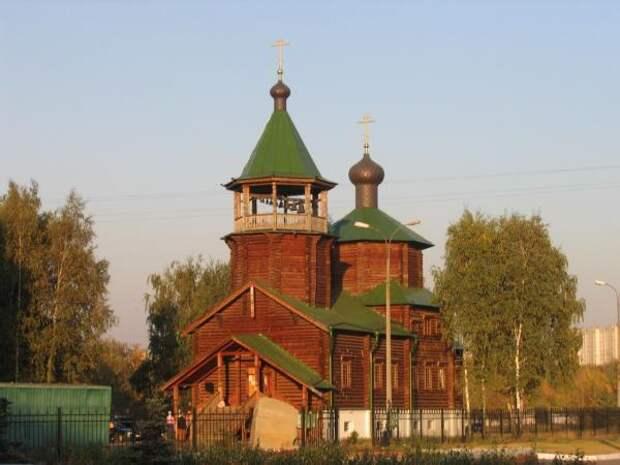 История района: деревянный храм на Саранской строили девять лет