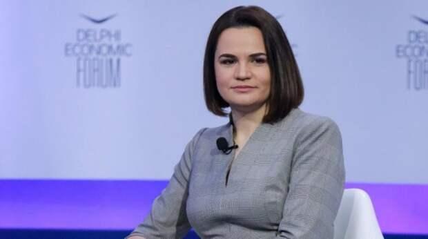 В штабе Тихановской пообещали Белоруссии 10 млрд долларов после смены власти