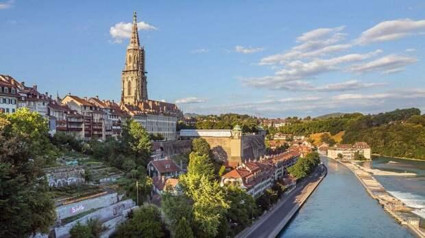 Швейцария возобновляет массовые мероприятия и очное обучение в вузах