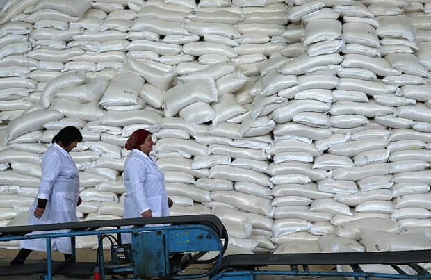 Правительство готовит новые меры сдерживания цен на сахар