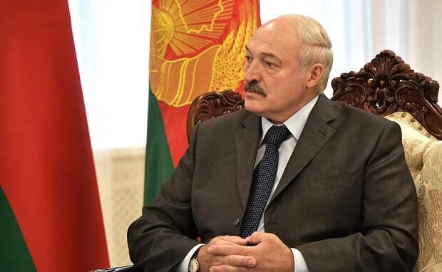 Стабильность, самобытность и жесткость: главные темы в обращении Лукашенко