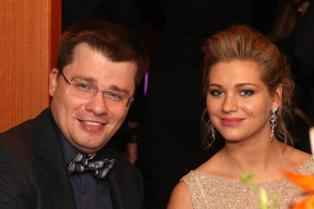 Харламов оставил Асмус особняк наРублевке после развода