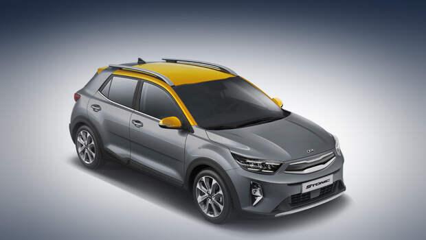 Kia stonic. Помимо прочего, машина получила новые варианты двухцветной окраски кузова.