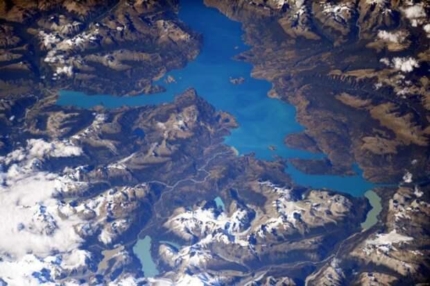 15. Озеро Хенераль-Каррера в Патагонии, Чили земля, космонавт, космос