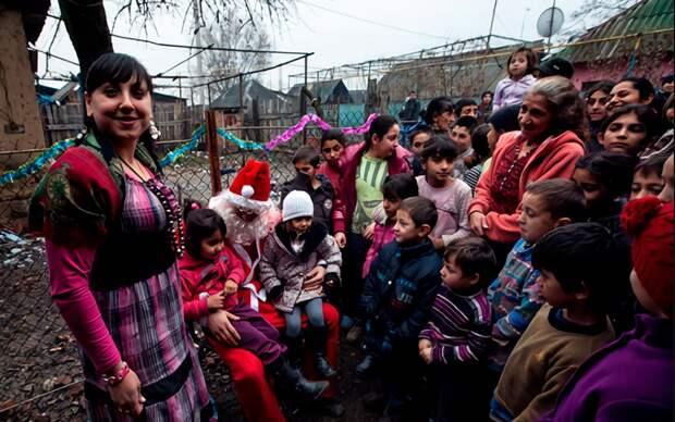 Опять детей и родителей делят подачкой в 10 тысяч