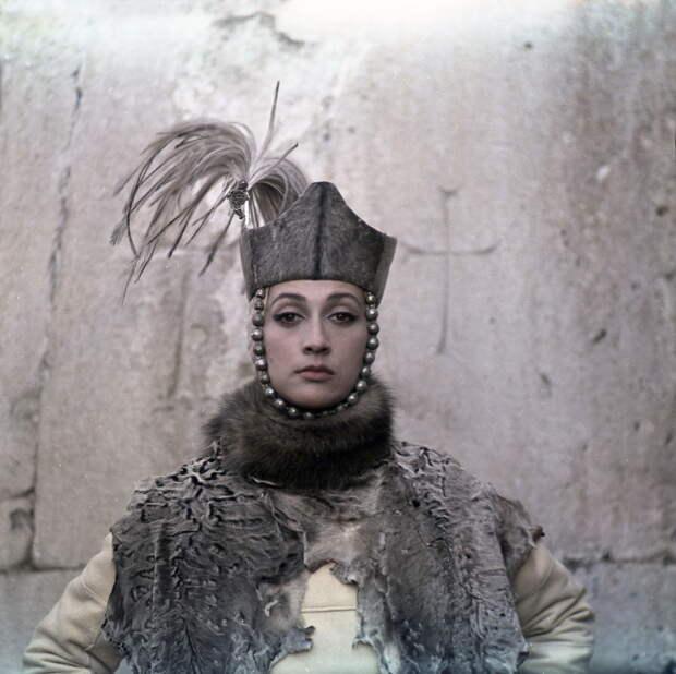 Судьбы любимых актрис: как сложилась жизнь Софико Чиаурели