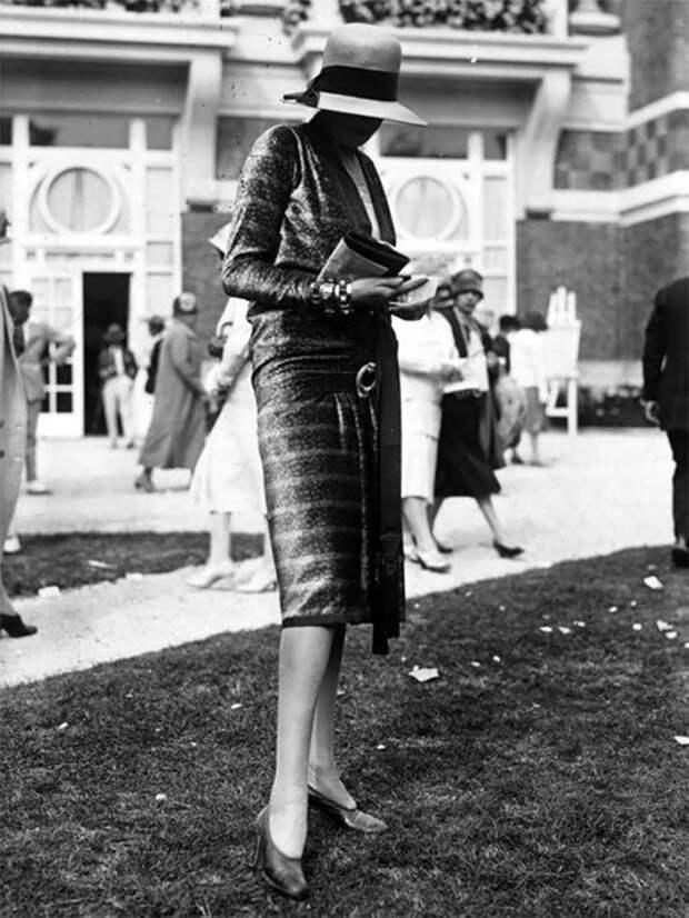 Еще одна модница Стиль, винтаж, двадцатые, женщина, мода, прошлое, улица, фотография