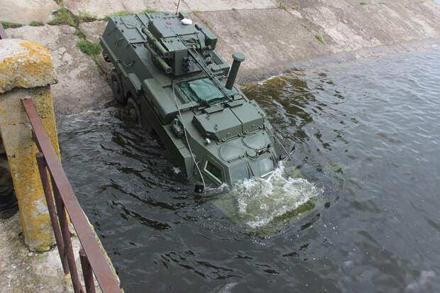 Украинский БТР-4М опозорился на испытаниях в Индонезии
