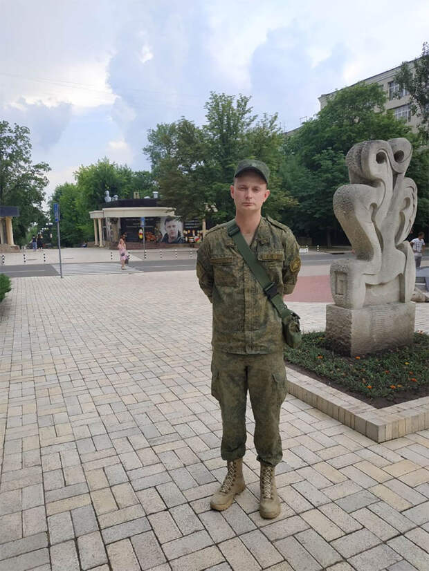 Лейтенант и философ Коробов-Латынцев о войне на Донбассе, смысле жизни и смерти