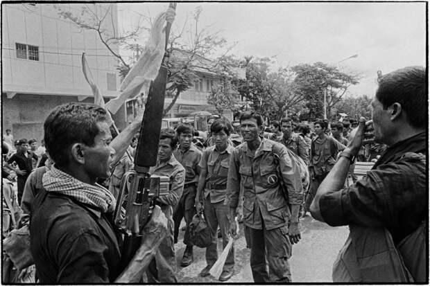 """""""Красные кхмеры"""", геноцид своего же народа"""
