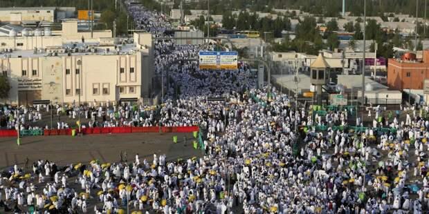 Саудовская Аравия пустит на хадж не более 60 тысяч проживающих в стране мусульман