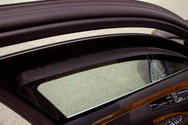"""Шеварднадзе, Мубарак, Березовский. История бронированного """"шестисотого"""" Mercedes W140 и спасенных им"""