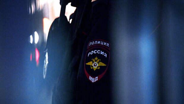 В Приморье задержали школьниц, осквернивших мемориал героя России Пешкова