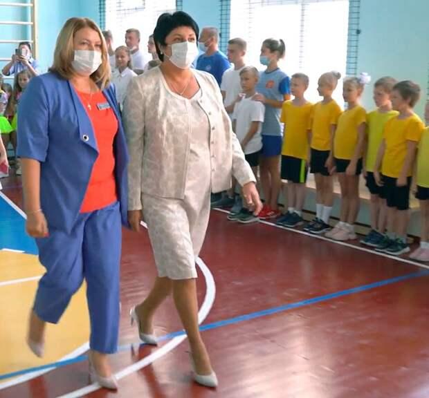 Татьяна Лобач: Сельские школы получают новые спортзалы – для нас важно, чтобы молодежь была спортивной