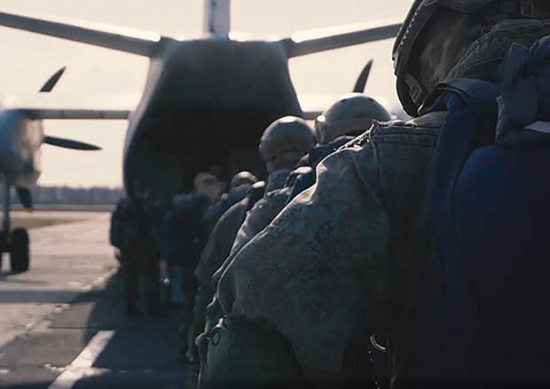 В Тамбовской области спецназ ЗВО совершил налет бронегруппы на колонну условного противника в ходе завершения тактико-специальных учений