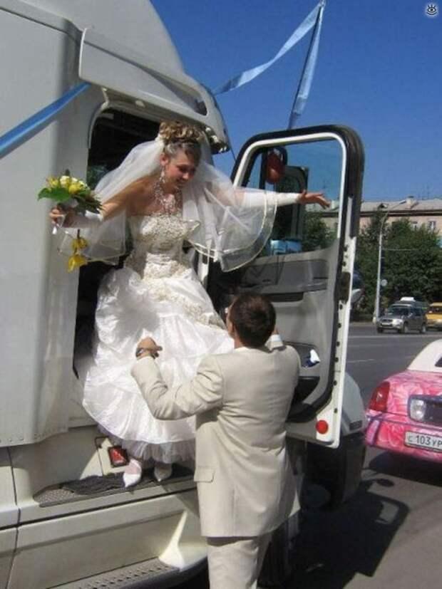 Прикольные свадебные торжества 23