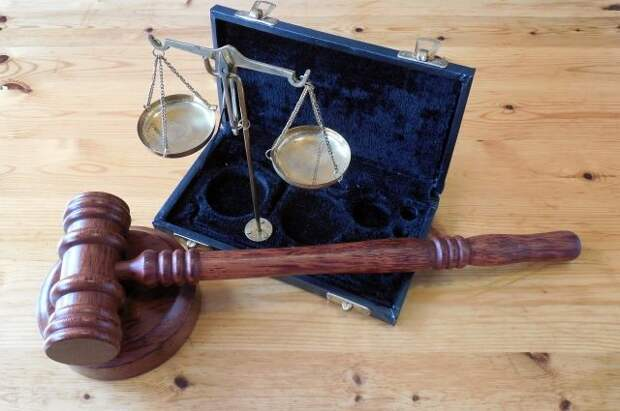 Суд дал 14 лет колонии мужчине за убийство экс-супруги в салоне красоты