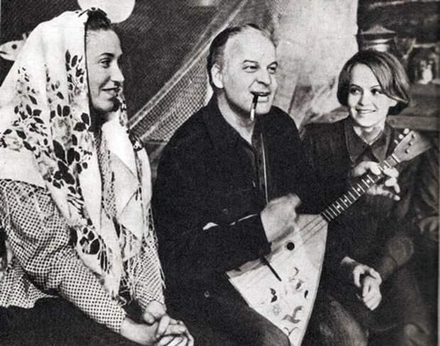 Режиссер Станислав Ростоцкий и актриса Ирина Шевчук (справа)