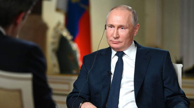 Владимир Путин снова не решился произнести «запретное» для него слово