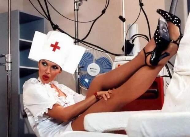 Медсестра моего детства...о да, вы тоже слышите эту музыку