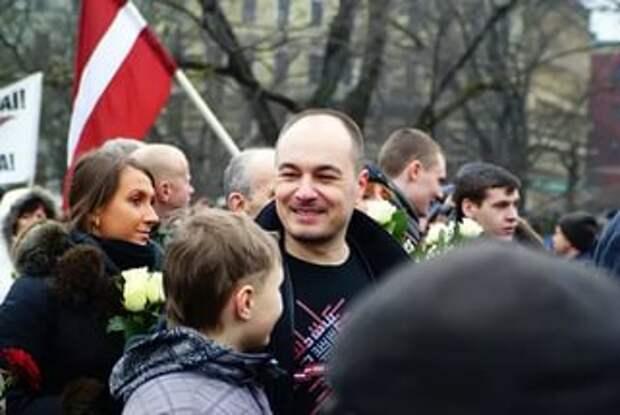 Латвийский депутат отказался пользоваться лифтом назло России