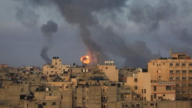 ВВС Израиля уничтожили здание министерства труда сектора Газа